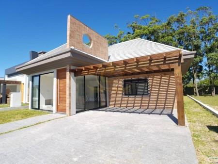 Casa em Condomínio 3 dormitórios em Capão da Canoa | Ref.: 11216
