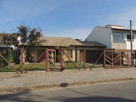 Casa 3 dormitórios em  Xangri-Lá  | Ref.: 11296