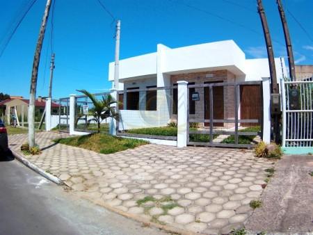 Casa 3 dormitórios em Capão da Canoa | Ref.: 12175