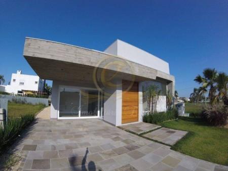 Casa em Condomínio 4 dormitórios em Capão da Canoa | Ref.: 12283