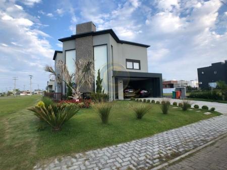 Casa em Condomínio 4 dormitórios em Capão da Canoa | Ref.: 13064